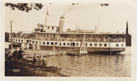 Photograph of steamer Brockville at Napanee
