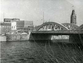 Lower Bridge over Moira River; City Hall at right