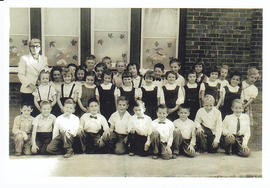 Photocopy of photograph of class at Deseronto Public School
